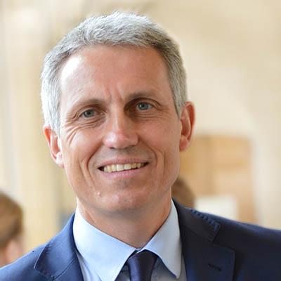 portrait de Joël Bruneau, maire de Caen