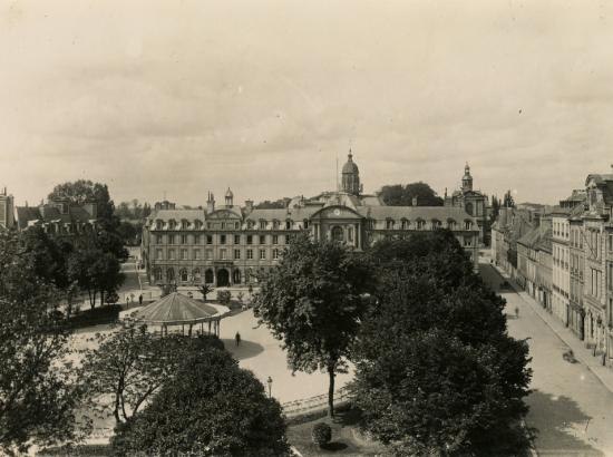 Place de la République en 1882
